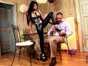 latex fetish porn from WinPorn