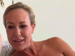 xxx video clips from HardSexTube