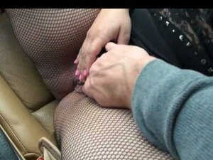 fingering girls pussy from CoolMovs